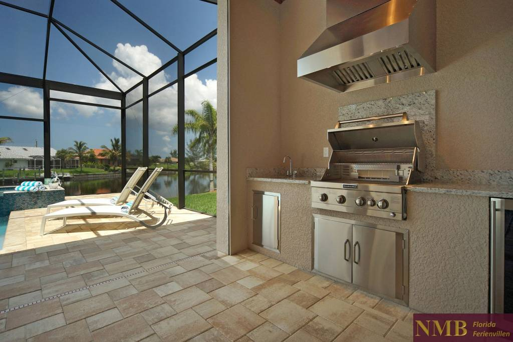 Ferienhaus-Palm_Breeze-Cape_Coral-out_kitchen