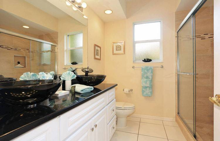 villa_slider_bathroom